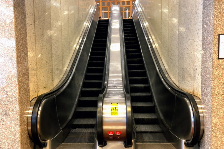 Lobby Escalator Runner