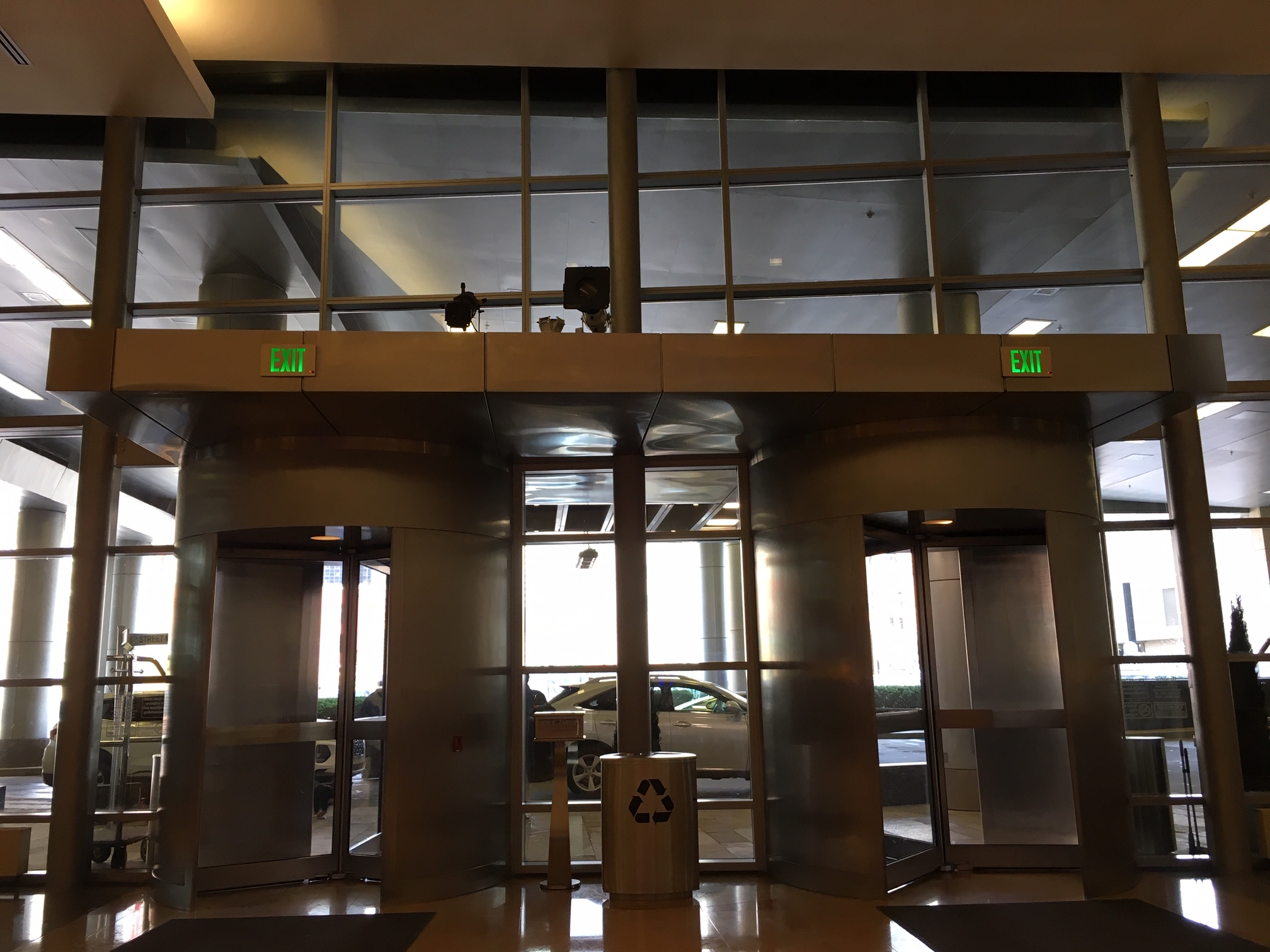 Revolving Doors Main Entrance 02